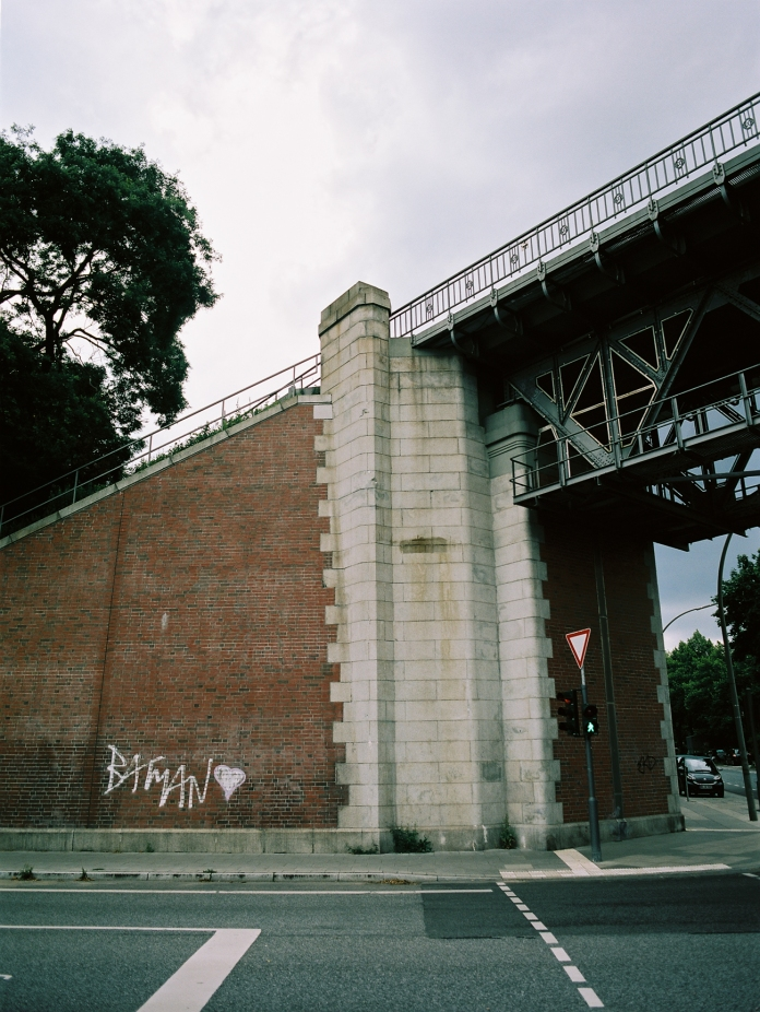 Batman Love Bridge