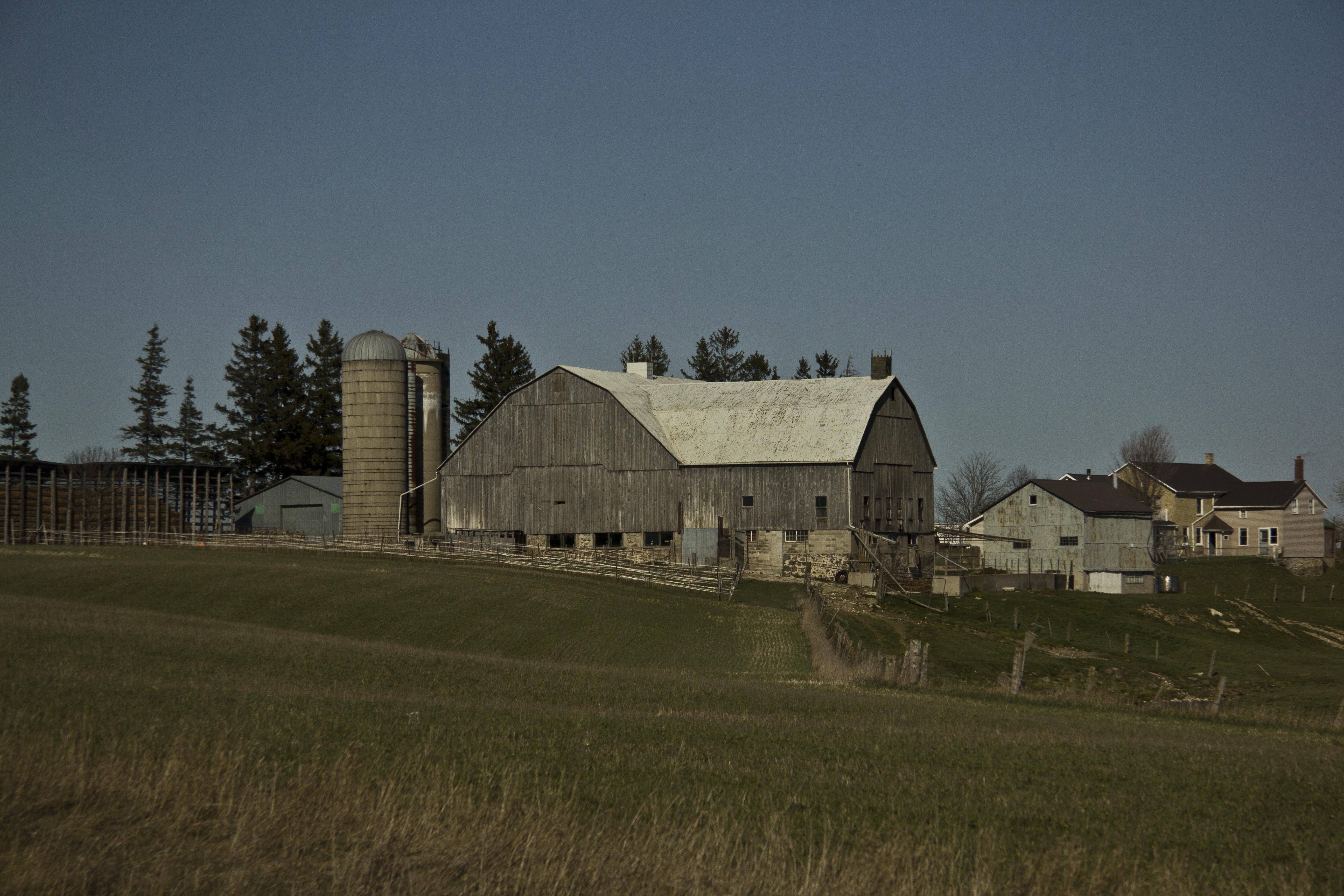 Farmhouse near Kitchener – Visuelles Logbuch by Dennis Riebenstahl