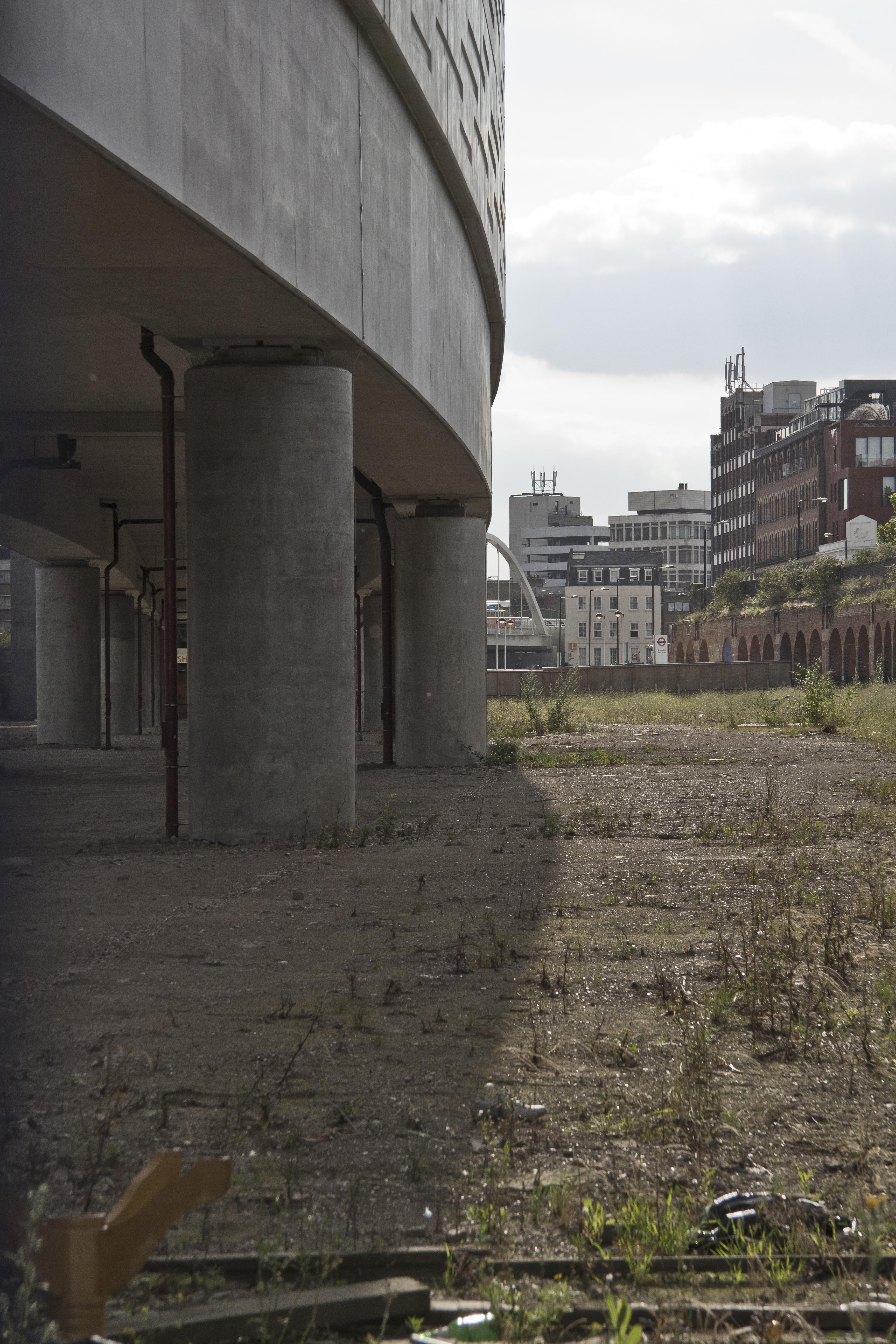 Under The Bridge – London, UK – Visuelles Logbuch