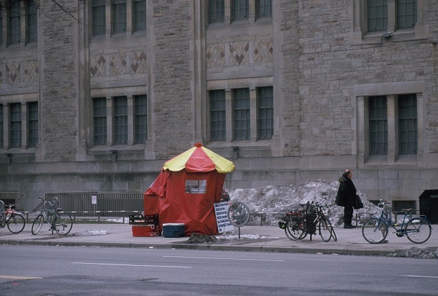 Lonely Hot Dog Stand at UoT - Street Photography by Dennis Riebenstahl