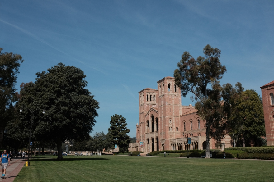 UCLA Campus – Los Angeles Street Photography by Dennis Riebenstahl