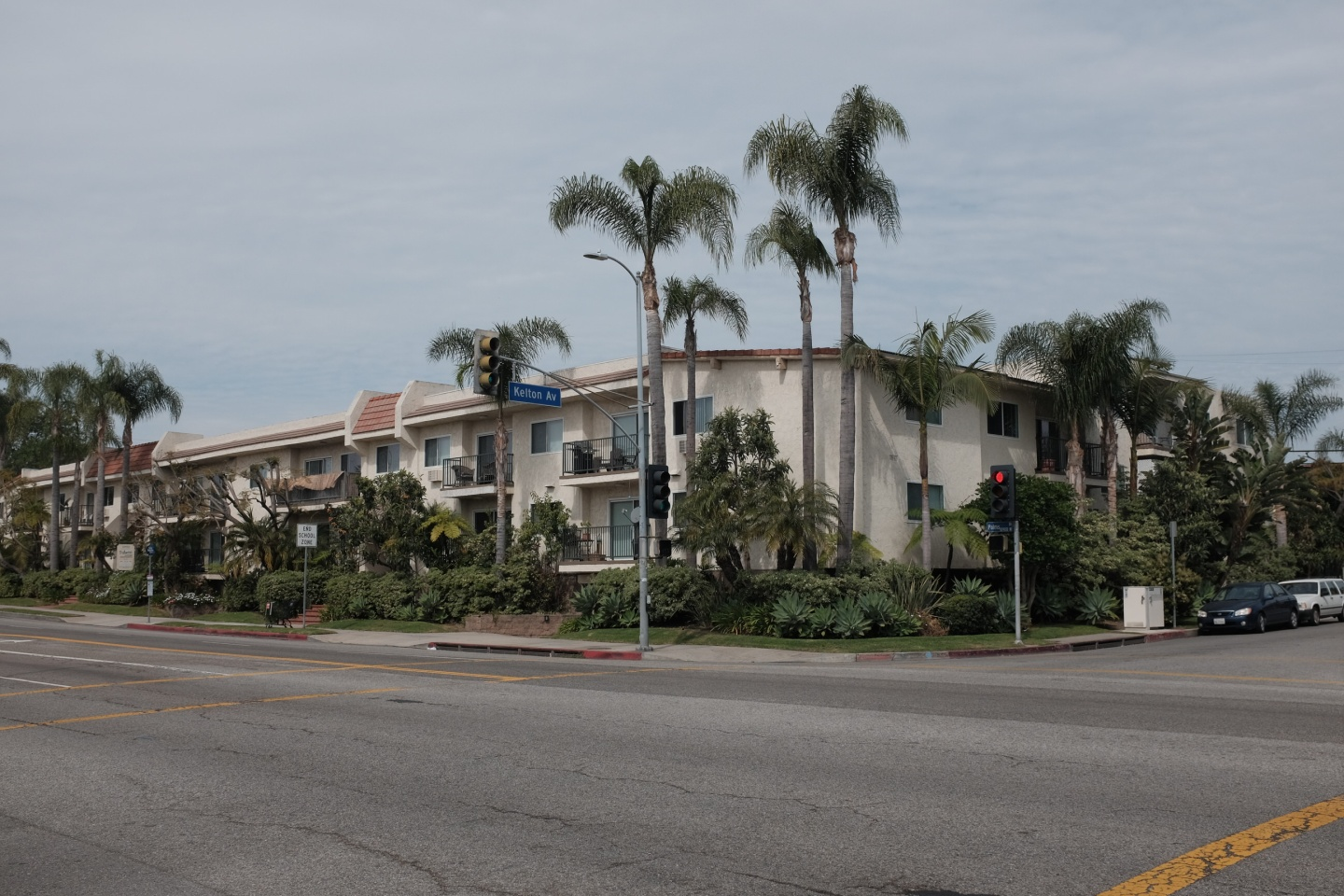 Palms Street Corner, Kelton Avenue – Los Angeles