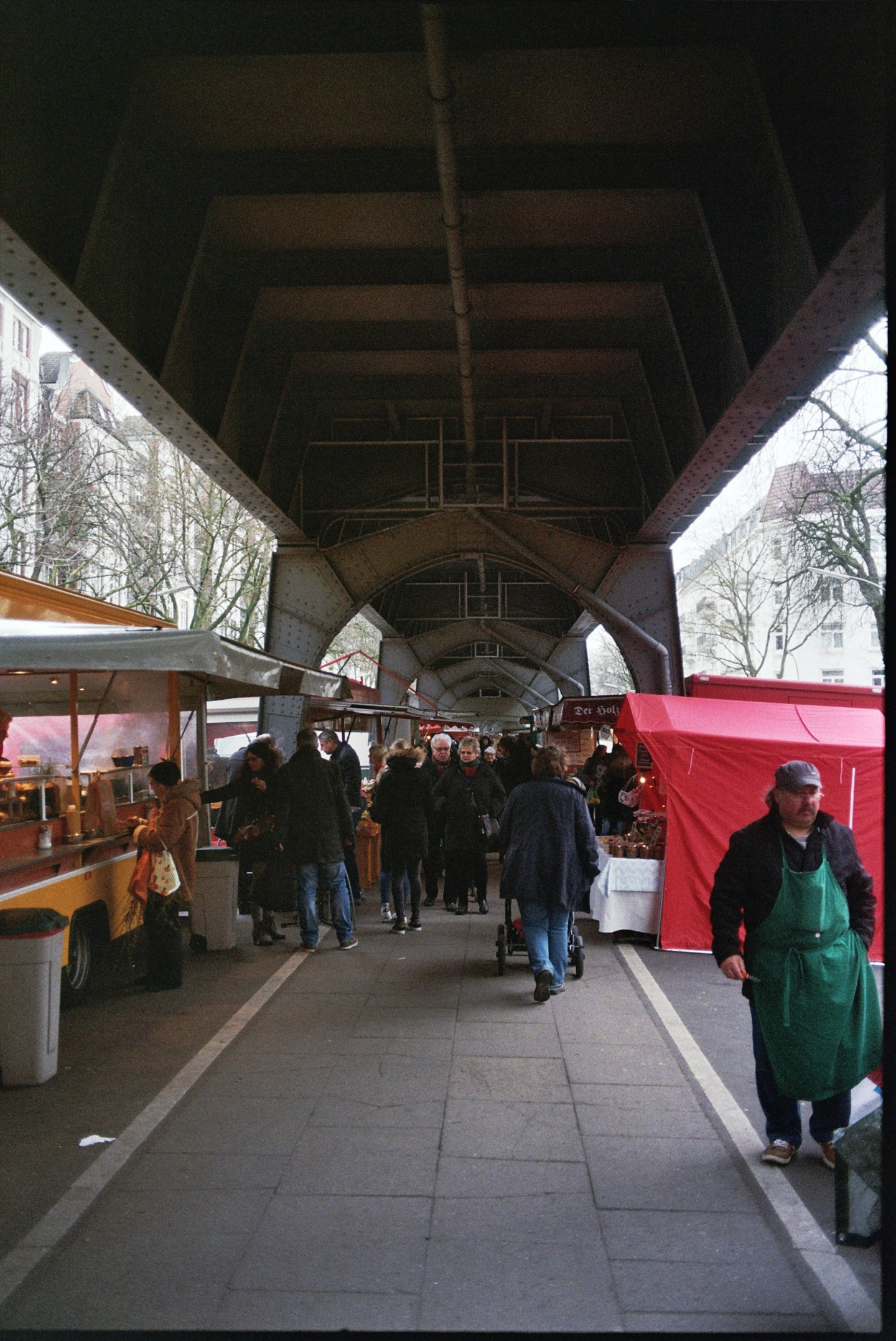 Isemarkt in Hamburg-Eppendorf. Shot on 35mm.