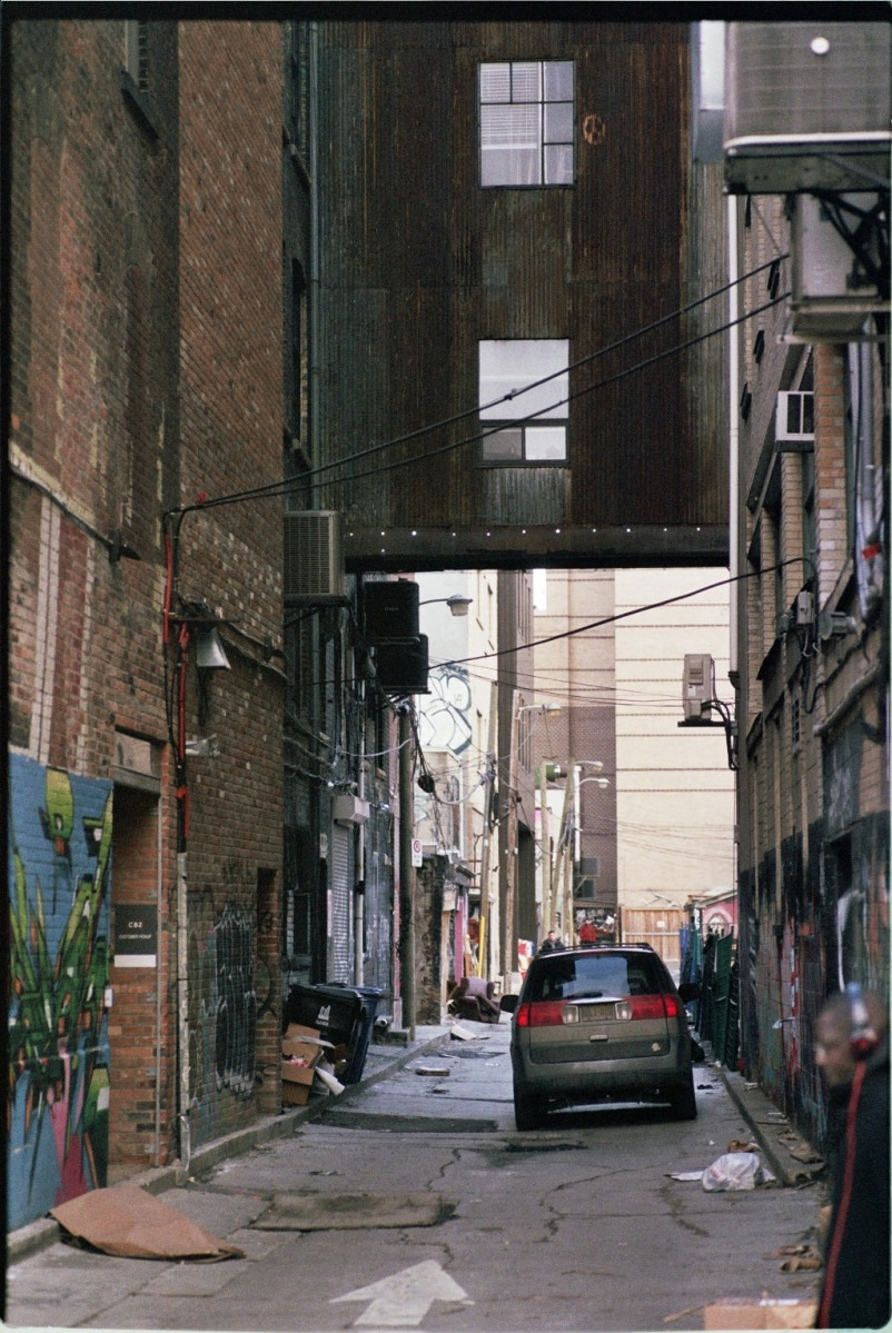 Alley near Spadina in Toronto, Canada. Photography by Dennis Riebenstahl.