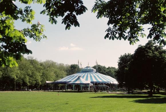 It's a Circus – Visuelles Logbuch – Photography by Dennis Riebenstahl